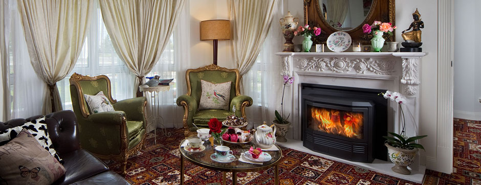 Afternoon tea with a roaring fire at Katoomba Manor